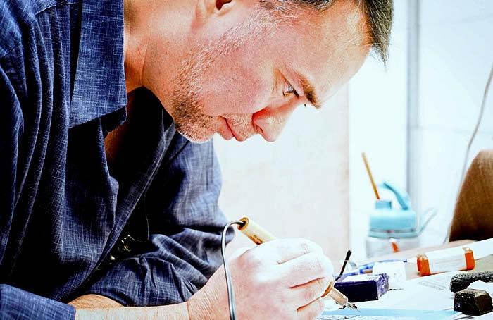 Chris painting at Ansbach Artisans